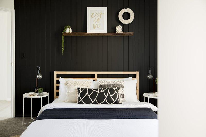Parakeet-cottage-master-bedroom-1280x853.jpg