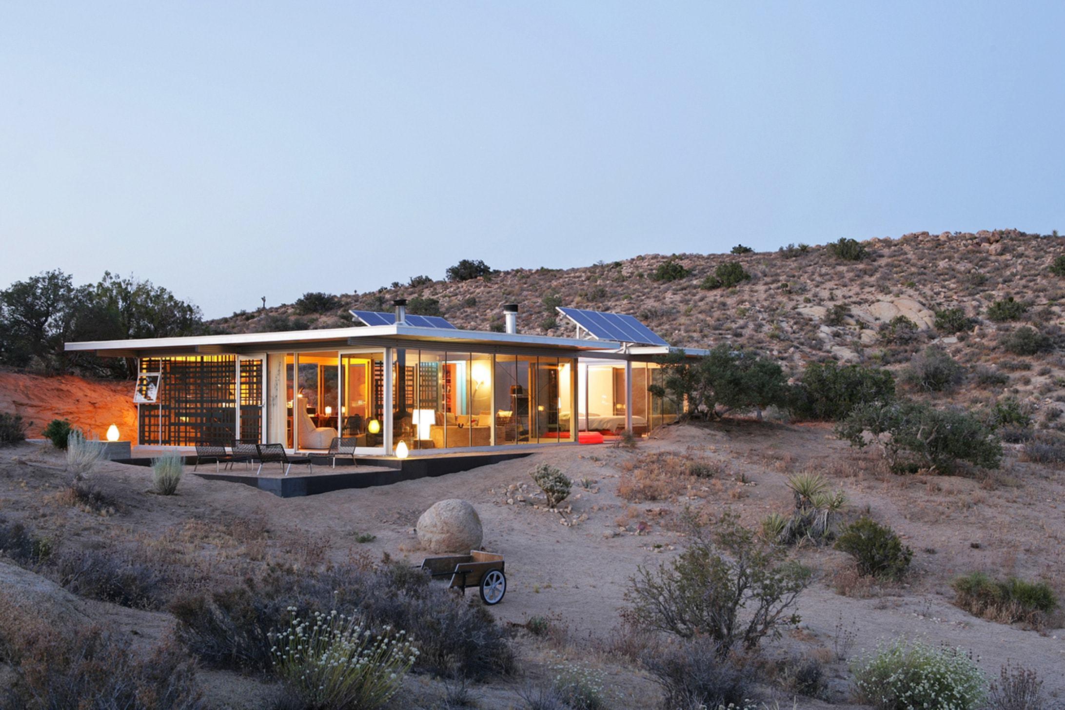 8-off-grid-it-house-min.jpg
