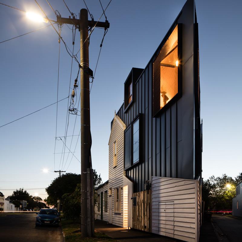 acute-house-01.jpg