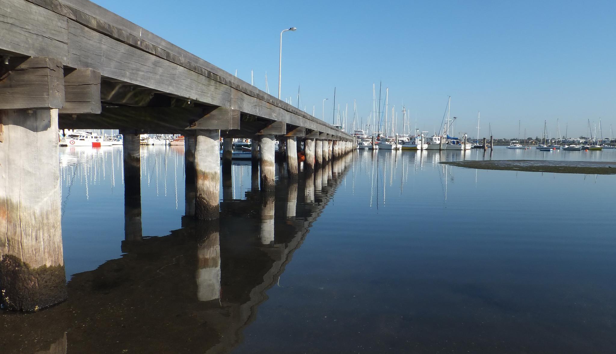 sandy-pier.jpg